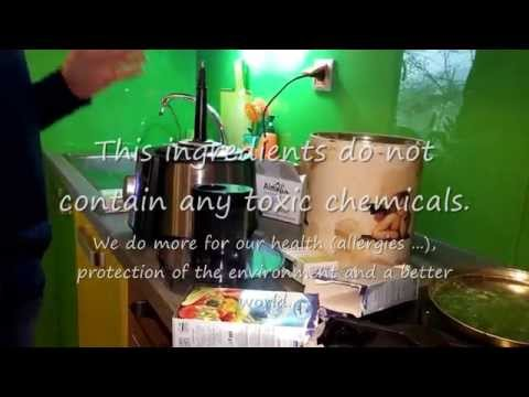 Homemade Natural Washing Powder: Baking soda and Marseille Soap