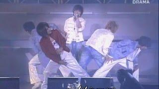 DBSK 동방신기 - Hug (EN) live [English karaoke sub]