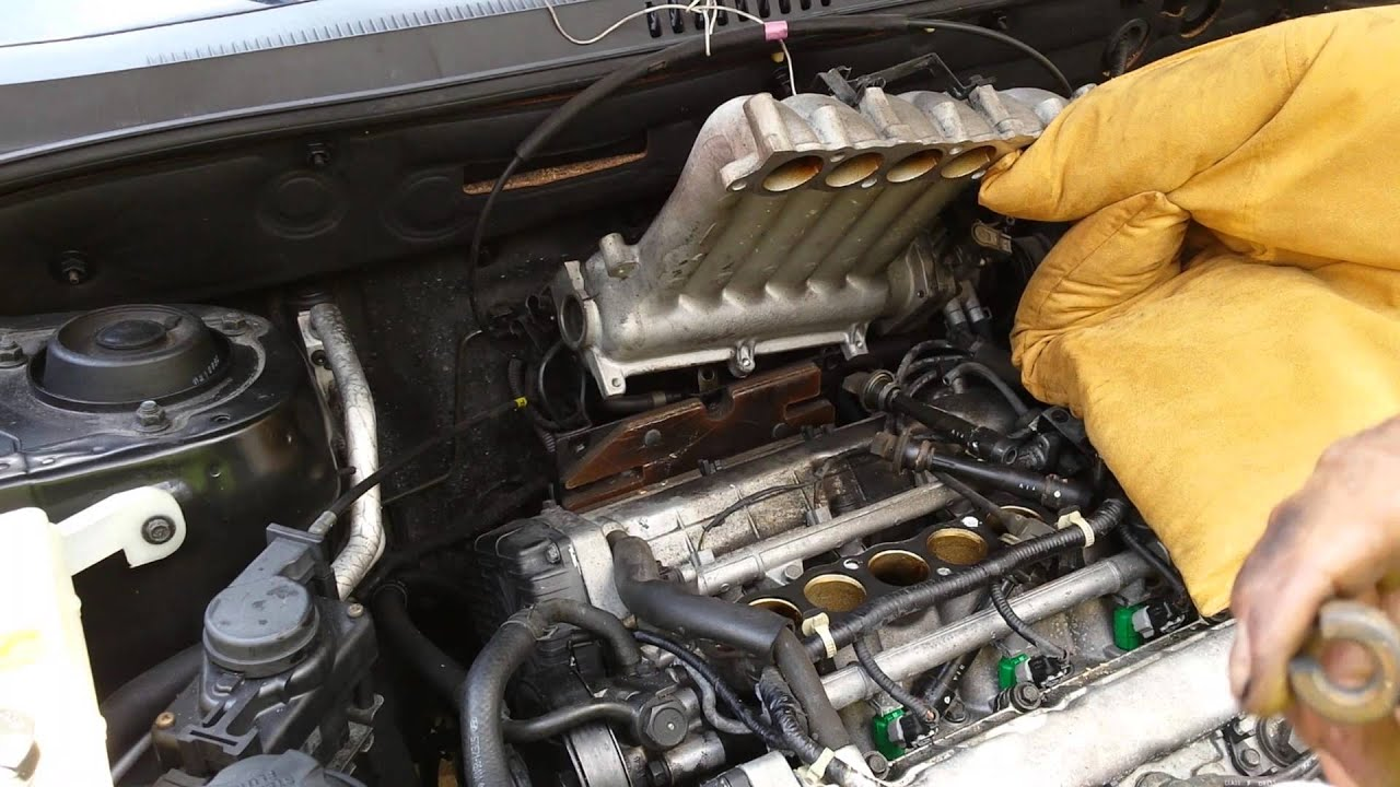 maxresdefault red s diy replacing spark plug of a 2004 v6 2 7 hyundai santa fe 2005 [ 1280 x 720 Pixel ]