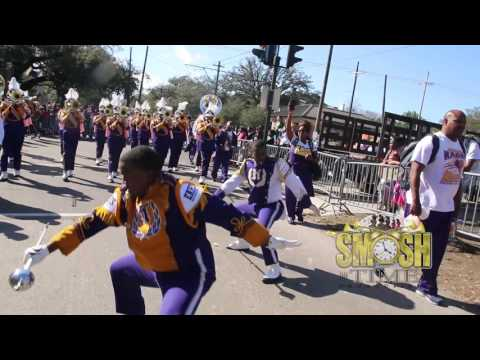 "Edna Karr High School ""Humble"" @ (Chocktaw Parade 2017)"