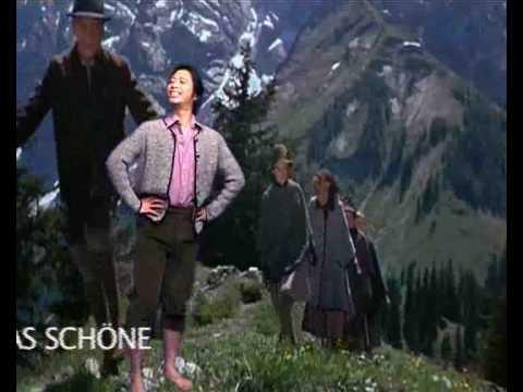 """Bonustrack: Karaoke-Version """"Land der Berge"""""""