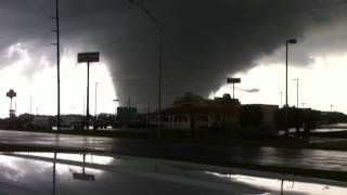 Tuscaloosa Tornado Touchdown 4-27-11 Extended Version thumbnail