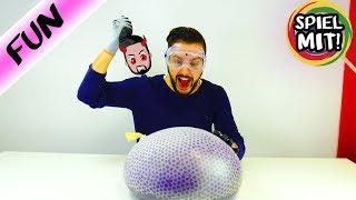 Größten Orbeez Anti Stress Ball der Welt zerstören! Spiel mit mir Kinderspielzeug Experimente