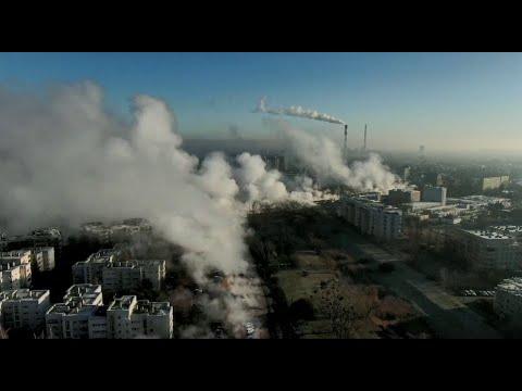 البخار يغطي شوارع وارسو عقب انفجار أنبوب للتدفئة  - نشر قبل 3 ساعة