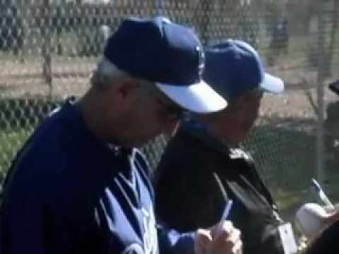 Sandy Koufax Signing Autographs At Dodgers Spring Training - iFolloSports.com