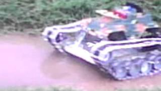 xe tăng tự chế 10c8-trường THPT An Phước
