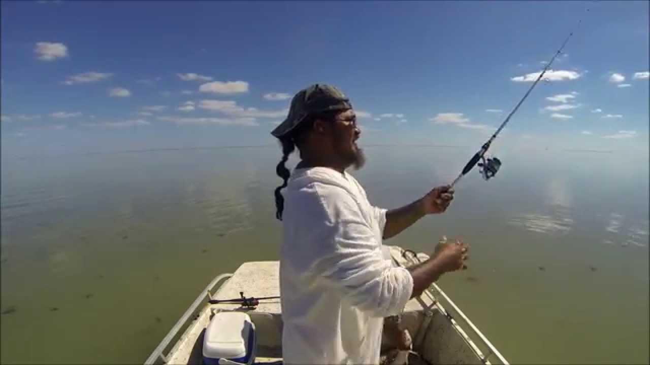 Fishing at arroyo city lots of trash talk youtube for Arroyo city fishing