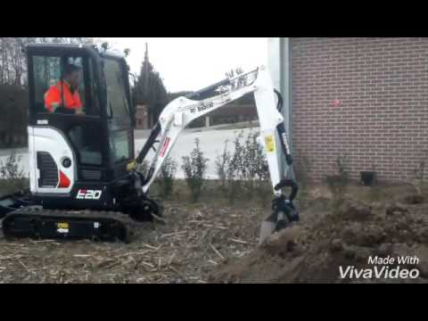 Bobcat minigraver - YouTube
