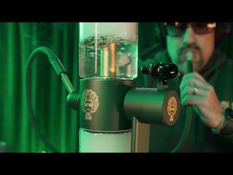 Dr. Greenthumb's x Stündenglass Gravity Hookah