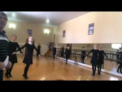 Ансамбль Хасавюрт танец