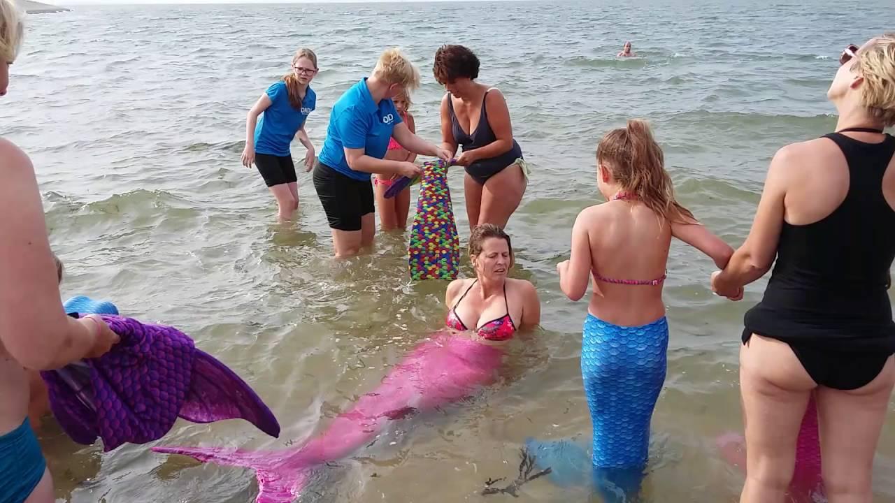 Zeemeerminnen zwemmen in Wemeldinge  YouTube