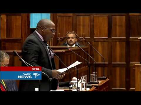 Helen Zille survives motion of no confidence