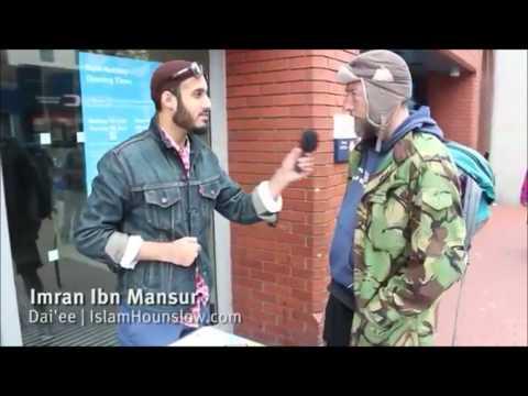 دعوة مباشرة في الشارع ويدخل ستيفن في الإسلام (رائع جدا)