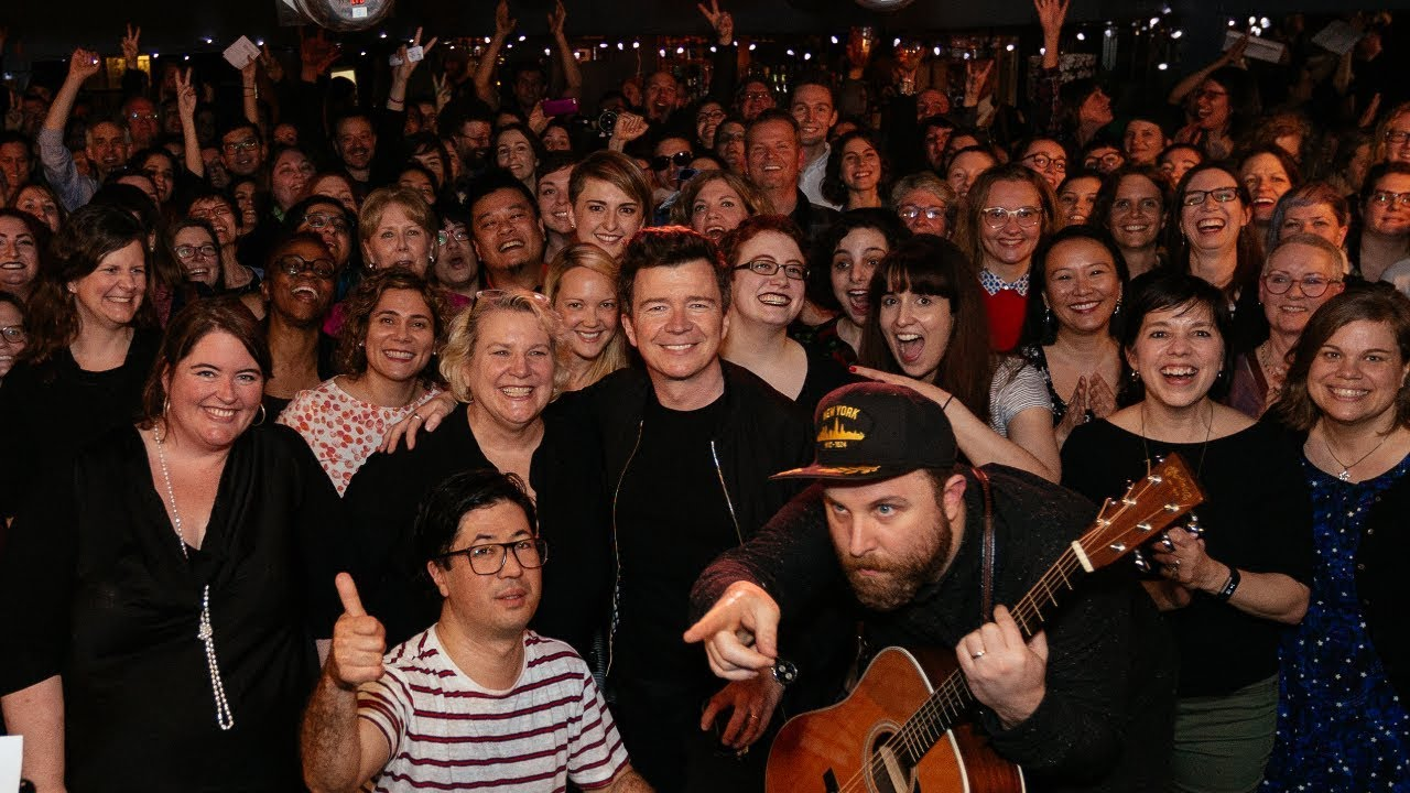 video: Rick Astley with Choir! Choir! Choir! - Never Gonna Give You Up!!!