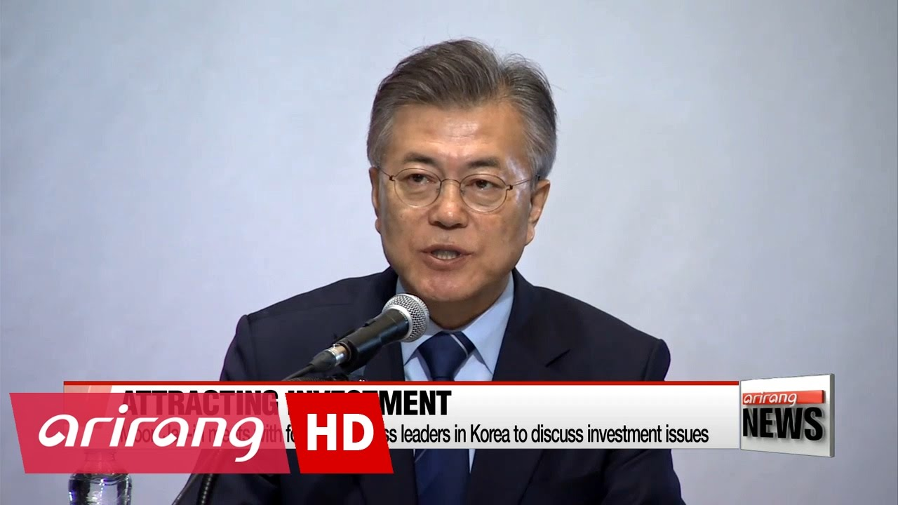 Democratic Party front-runner Moon meets with foreign ...
