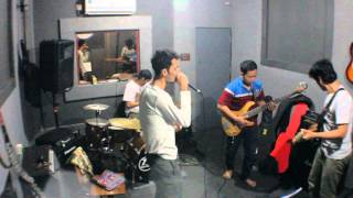 Video DEWA 19 - CINTA GILA (COVER) download MP3, 3GP, MP4, WEBM, AVI, FLV Agustus 2017