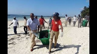 Uhuru Kenyatta bans single use plastic products in parks, beaches