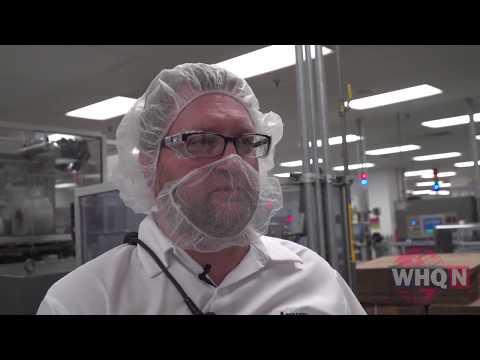 Как производится зубная паста Glister Amway (англ.яз)