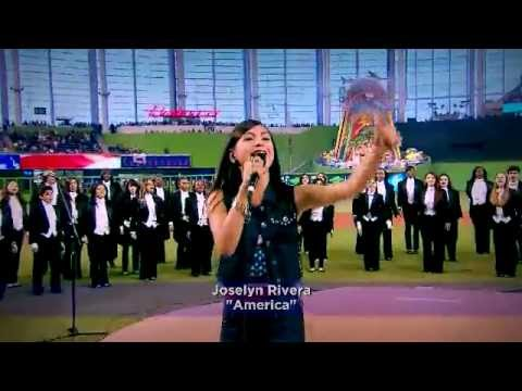 Joselyn Rivera Performs