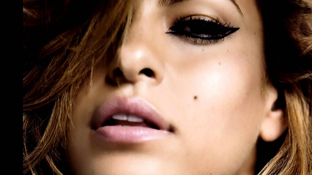 Eva Mendes naked pics - Celebrity Thumbs