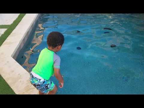 Lil Art Swimming