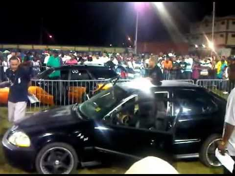 AXA BASS HEADS CAR SHOW 2011
