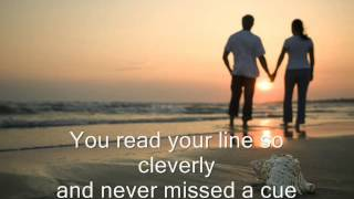 ARE YOU LONESOME TONIGHT?  -  Elvis Presley  (w/ Lyrics)