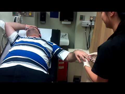 Donny broken finger Doctor doing the FIX.mp4