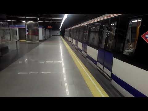 Metro de Madrid:8000 2ª saliendo de Colombia