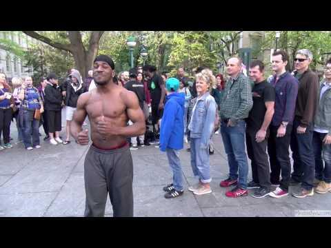 Смешное шоу чернокожих танцоров