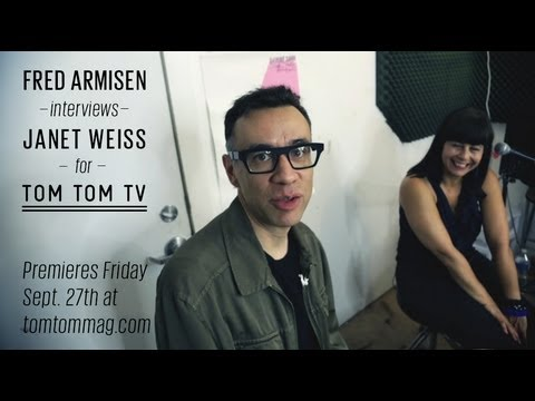 Fred Armisen interviews Janet Weiss for Tom Tom TV Mp3