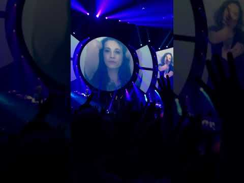 Indochine - Gloria (feat. Asia Argento) LIVE - Bruxelles 1