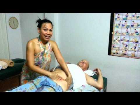 บรรยากาศเรียนนวดน้ำมันสวิดิช ruenmai massage school