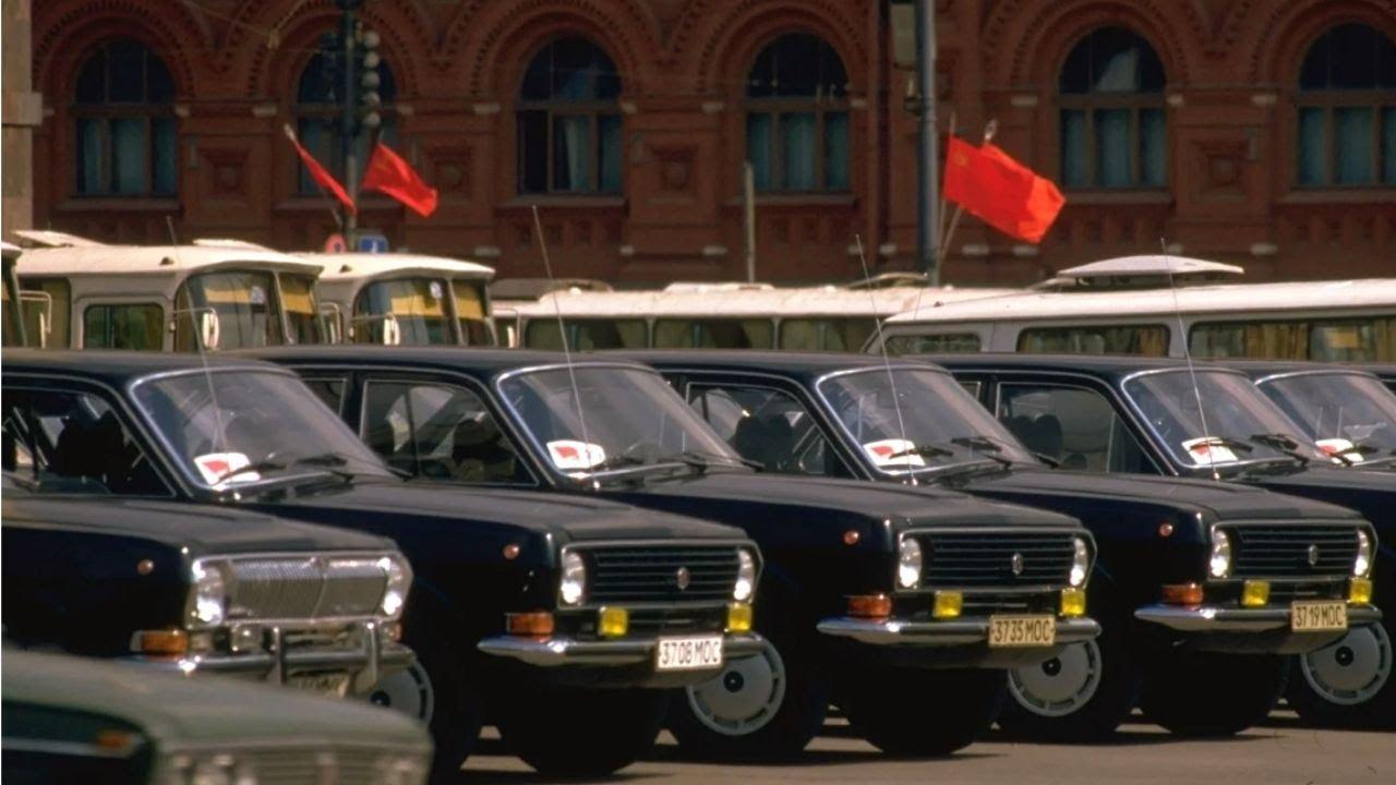 Странная ВОЛГА гоночный Москвич и другие атмосферные фото времён СССР с автомобилями