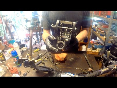 Fixing a stiff steering bracket on an outboard motor