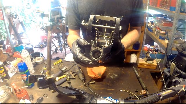 Fixing a stiff steering bracket on an outboard motor - YouTube