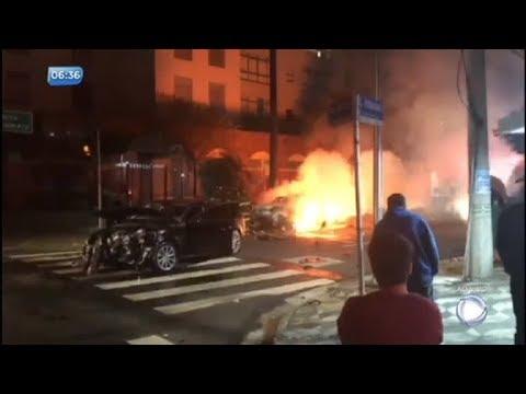Acidente envolvendo carros de luxo mata três pessoas em São Paulo
