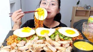 닭연골 에어프라이어 튀김과 불닭볶음면 3봉 리얼사운드 먹방! 치킨 오돌뼈라니!!!! Mukbang