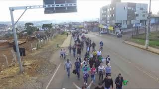Caçadorenses vão às ruas protestar em apoio a movimento dos caminhoneiros