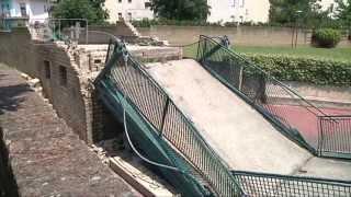Teramo - Crolla ponte ciclopedonale sul Vezzola