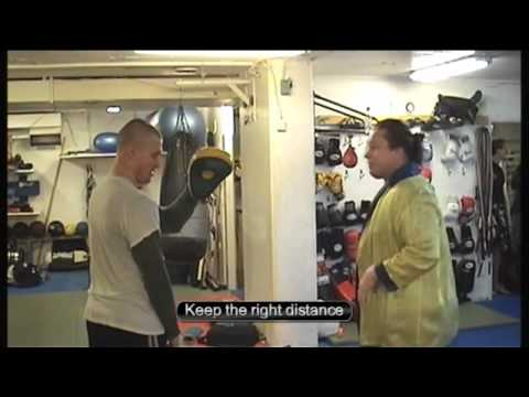 Magnus Cederblad and Jens Hultén - How to make roundhouse knockouts