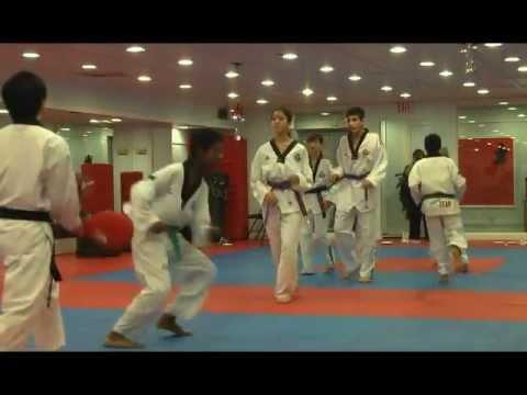 Han's Taekwondo Demo - 2012 Christmas Party