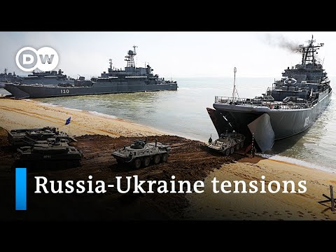 Russia withdraws troops from Ukraine border | DW News