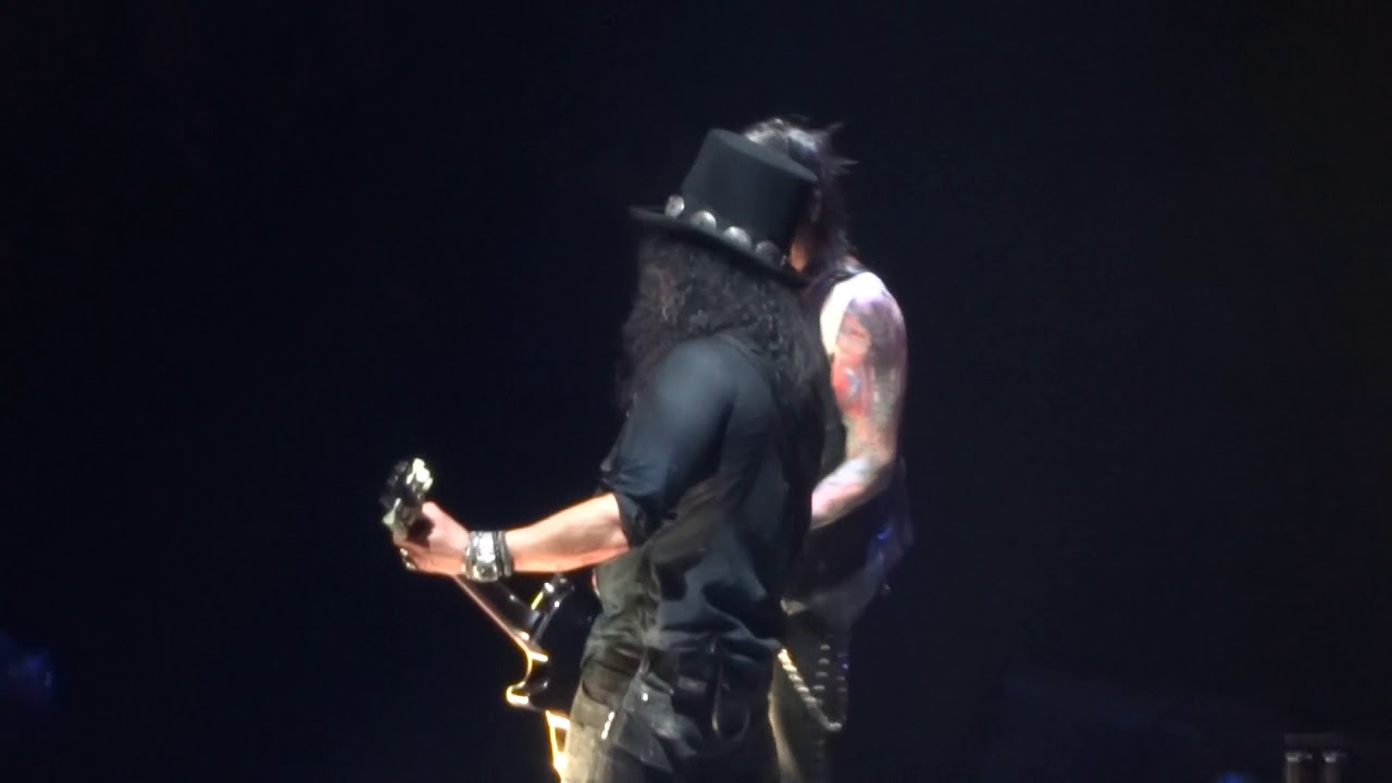Guns N Roses Madison Square Garden October 16 2017 Floyd Cover Youtube