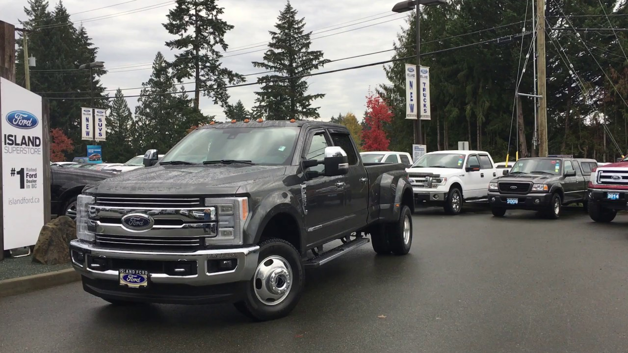 2017 ford super duty f 350 lariat fx4 chrome ultimate v8 diesel crew cab twin moonroof review [ 1280 x 720 Pixel ]