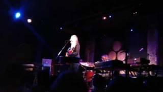 Watch Aimee Mann I Cant Get My Head Around It video