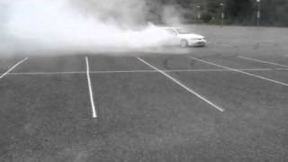 Repeat youtube video Ford Sierra Cosworth burnout