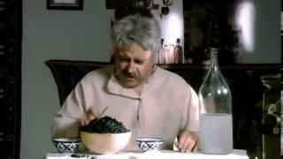 Прикольная пародия на фильм `Белое солнце пустыни` mp4   YouTube(, 2016-10-21T17:55:11.000Z)
