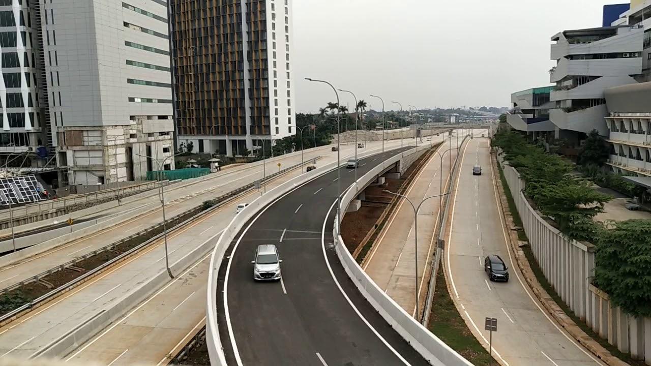 jalan tol desari (depok-antasari) mulai rame pengemudi