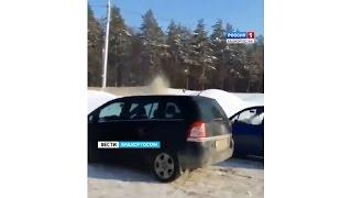 В Уфе сняли на видео порчу машин при уборке снега(Подробности: http://gtrk.tv/novosti/40279-ufe-snyali-video-porchu-mashin-uborke-snega Официальный сайт ГТРК